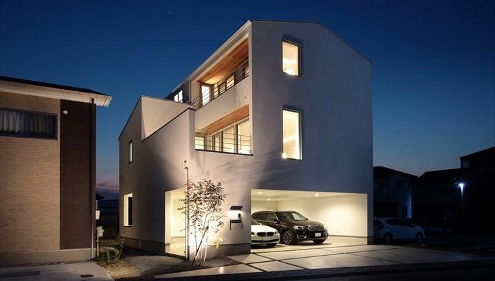 今注目の3階建てガレージハウスを紹介!