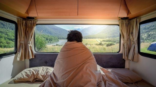 車中泊におすすめの場所を紹介!RVパークやオートキャンプ場で安全に車中泊をしよう