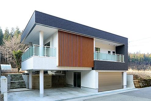 【特集】お洒落でクールな鉄骨造のガレージハウス7選!