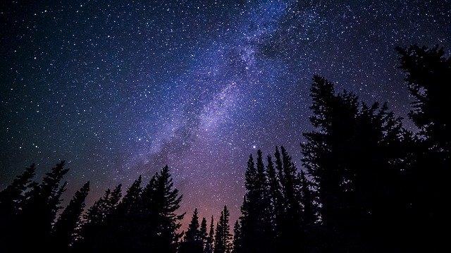 八ヶ岳で星が見えるスポットを紹介!家族と友人と恋人と!