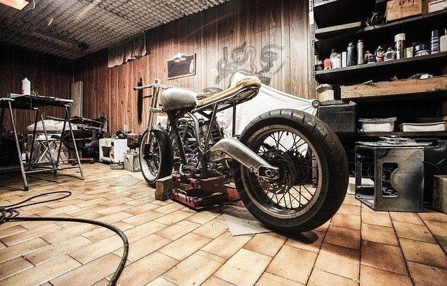 使い勝手の良いバイクガレージ特集!ライダー憧れのバイクガレージ5選!
