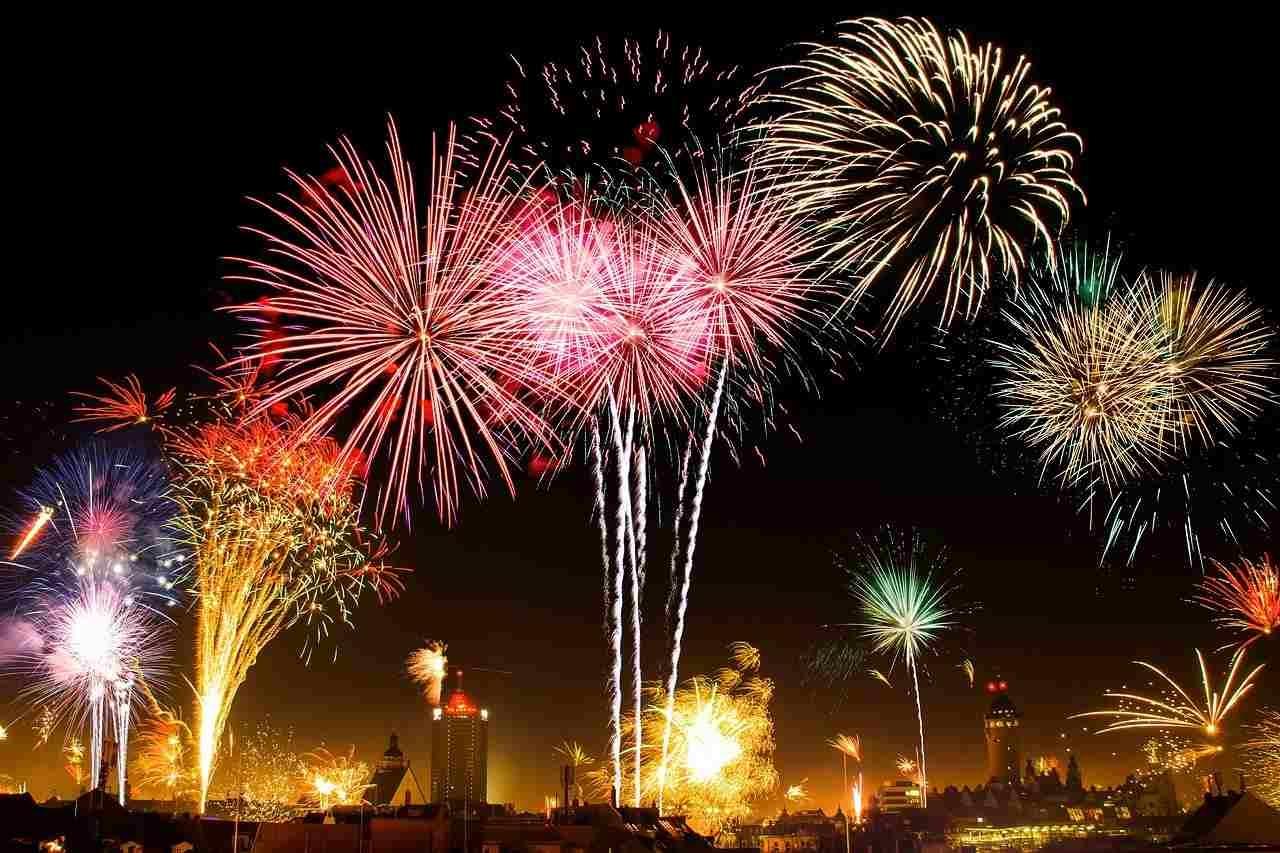 夏の醍醐味花火特集!八ヶ岳周辺の花火大会と花火が見られるスポットをご紹介