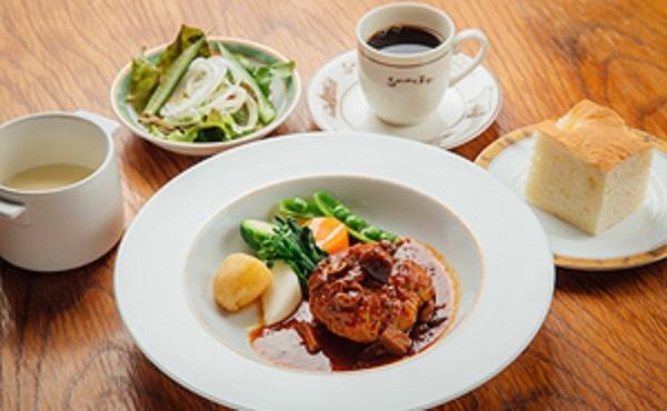 カレーが絶品!ミシュランの星を獲得している店舗もある!八ヶ岳のレストランを紹介!